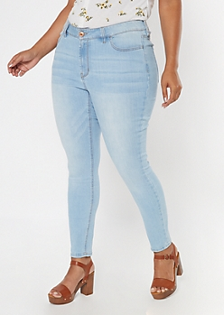 Plus Ultimate Stretch Light Wash Mid Rise Jeggings In Short