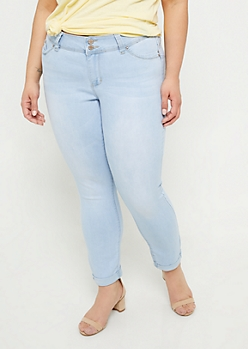 Plus YMI Wanna Betta Butt Extra Light Wash Cuffed Ankle Jeans