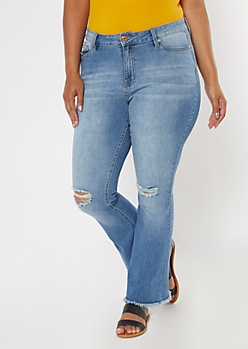 Plus Medium Wash Frayed Hem Flare Jeans