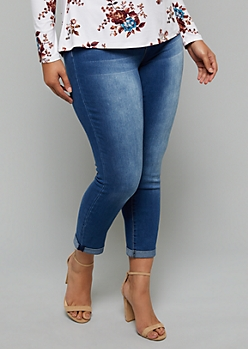 Plus YMI Wanna Betta Butt Cuffed Hem Ankle Jeans