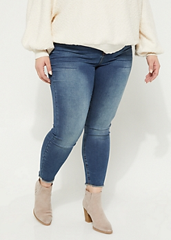 Plus Dark Wash Fraying Hem High Rise Jeggings in Regular