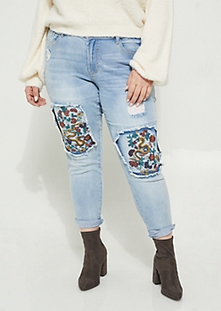 Plus Dragon Embroidered Destroyed Jeggings