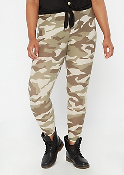 Plus Camo Print Super Soft Leggings