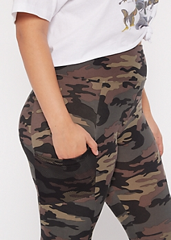 Plus Camo Print Mesh Cell Phone Pocket Leggings