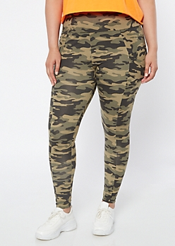 Plus Camo Print Super Soft Cell Phone Pocket Leggings