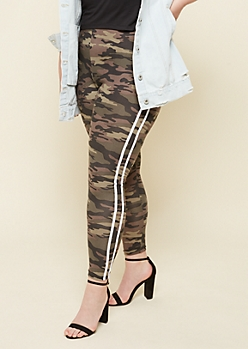 Plus Camo Print Striped High Waisted Super Soft Leggings
