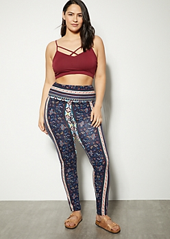 Plus Navy Border Print Super Soft Leggings