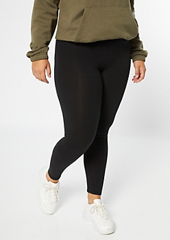 Plus Black Mid Rise Favorite Leggings