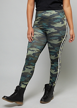 Plus Camo Print Side Striped High Waisted Fleece Lined Leggings