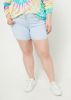 Plus YMI Wanna Betta Butt Light Wash Mid Rise Midi Shorts
