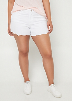 Plus White Scalloped Hem Shorts