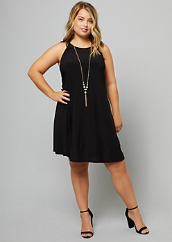 Plus Black Pearl Necklace Knit Swing Dress