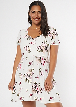 Plus Ivory Floral Print Sweetheart Neckline Dress