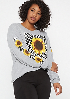 Plus Gray Sunflower Checkered Long Sleeve Graphic Tee